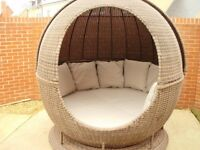 Rotating Rattan Apple Day Bed