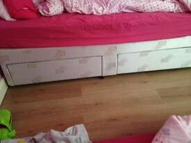 Single bed divan base