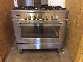 Stainless Steel Delonghi Gas and Electric Cooker