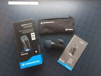 Sennheiser e902 Dynamic Bass Instrument Mic with Integral Stand Mount