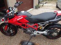 Ducati Hypermotard 1100 evo 2011