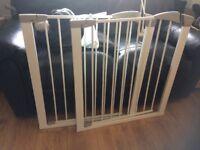 2 x lindam safety gate