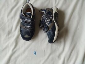 GEOX TRAINERS SIZE 9
