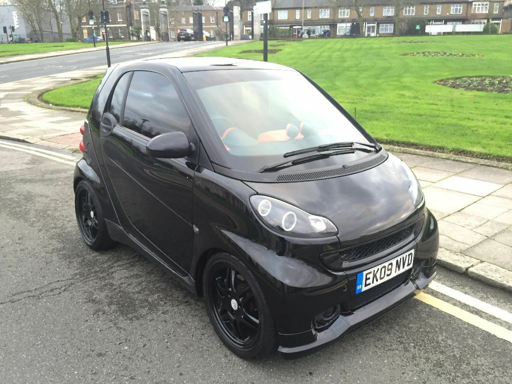 09 plate smart fortwo passion cdi 799cc diesel auto full brabus kit and original wheels black. Black Bedroom Furniture Sets. Home Design Ideas