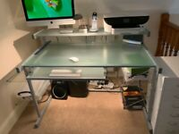 Computer desk -Solo