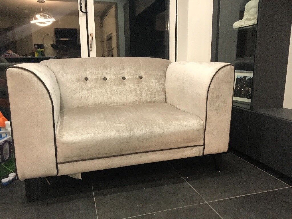 VISTA 3 seater Sofa and Cuddle Chair