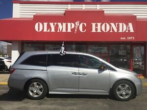 2011 Honda Odyssey Touring | Dual LCD Screen | Nav | Leather