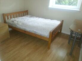 1 Double Bedroom to rent in a shared flat - Edinburgh Oxgangs