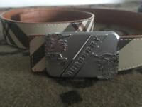 Burberry belt reversible