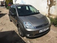 2004 Ford Fiesta 1.6 petrol automatic 5 door cheap automatic car