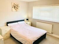 Double Room in Crawley with excellent links to TC, Manor Royal and Gatwick