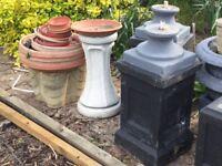 Pots, tubs and pedestals, various, concrete.