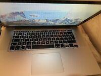 MacBook Pro 15.4 inch like new