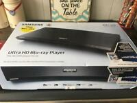 SAMSUNG UBD-M7500/XU Smart 4K Ultra HD Blu-ray Player with 4K Ultra HD