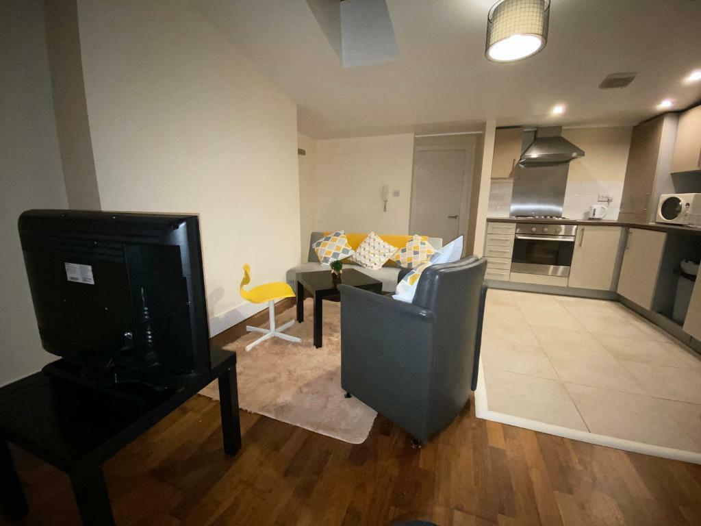 *NEGOTIABLE* 2 Bedroom Flat in Liverpool City Centre | in ...