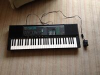 Yamaha keyboard. good to learn on. Good condition