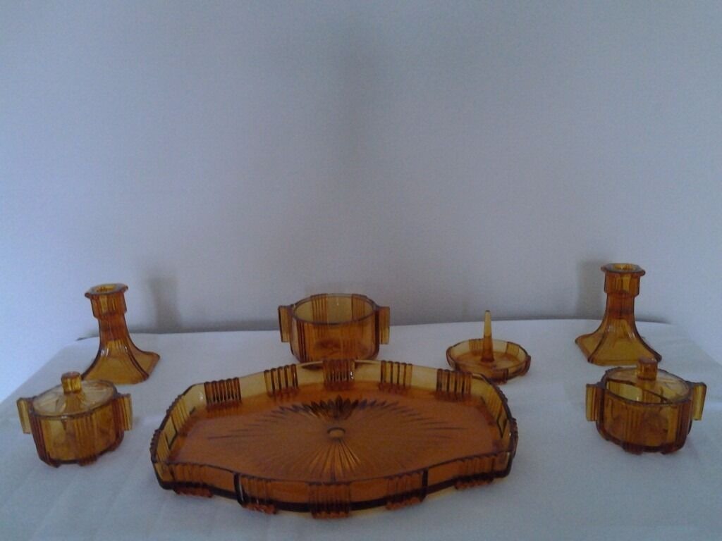 Art Deco Amber Glass Dressing Table Set In Bourne