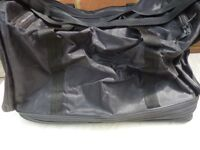 lovely spports/travel/gym/etc...bag,only £9,i also have four similar bags different sizes,same price