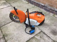 Stihl TS410 Stone Cutter Stihl Saw in MINT Condition 2013 Model With Diamond Blade