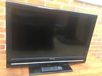 SHARP 32' LCD TV