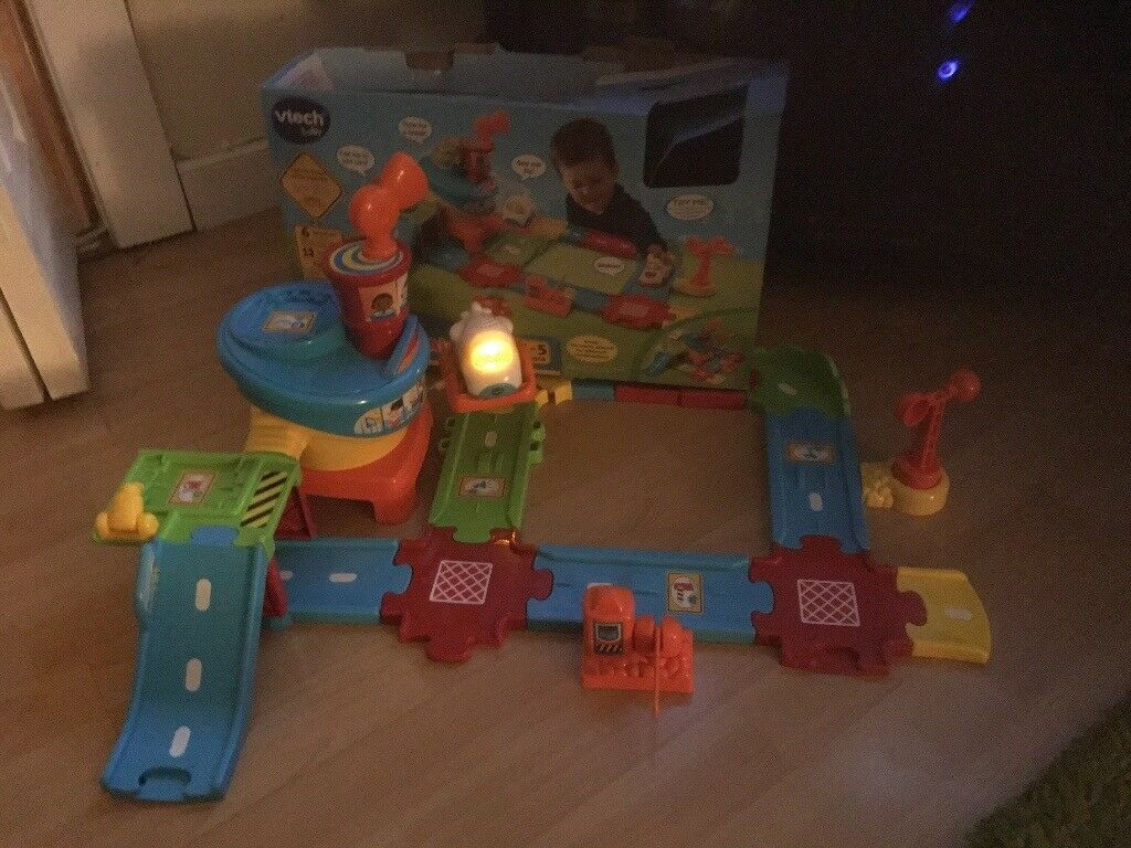 Vtech Toot toot sets with boxes