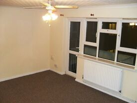1 Bed Large Flat, Loughborough LE11 2PG, GCH, Parking, Newly Decorated, 1ST Floor