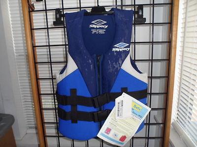 - NOS Slippery Mens V-Back Neo 4 Buckle Nylon Jet Ski Life Jacket Type 3 PFD Vest