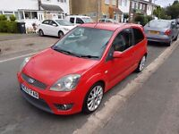 Ford fiesta ST , fiesta red , mot till march 17