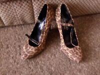 womens shoes leopard print