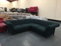 Ex-display Oscar Cedar soft wool fabric corner sofa