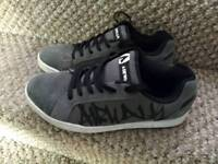 Mens airwalk shoes - size 9