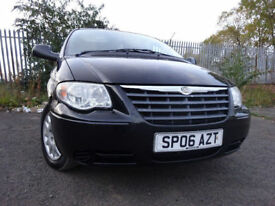 06 CHRYLER VOYAGER CRD SE 2.5 DIESEL 7 SEATER,MOT MAY 018,2 OWNERS,PART HISTORY,LOW MILEAGE,STUNNING