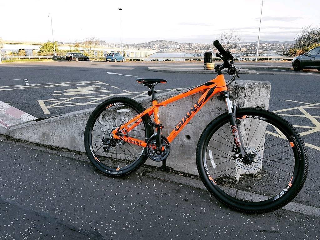 Giant Atx 27 5 Mountain Bike Electric Orange In Dundee Gumtree
