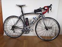 Scott CR1 Pro Road Bike 54cm 2011 - Carbon Frame, Shimano 105/Ultegra Gearing, Mavic Ksyrium Wheels