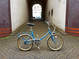 Cinzia GRAZIELLA super cute vintage folding Italian bike. Excellent condition.