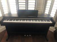 Excellent condition Digital Piano Yamaha Arius YDP 142
