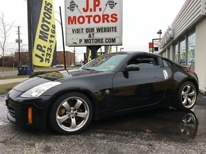2006 Nissan 350Z Automatic, Leather, Heated Seats, BREMBO BRAKES