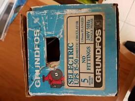 Grunfos Selectric UPS 15-50 Domestic Circulator