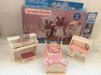 Sylvanian girls bedroom set