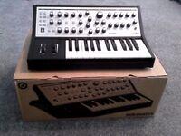 Moog Sub Phatty Synthesizer Synth