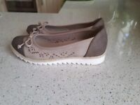 Ladies size 4 sandals. Brown and beige.