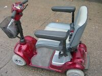 STRIDER LARGE CAR BOOT SIZED MOBILITY SCOOTER IN MINT A1 CONDITION WITH NEW BATTERIES 'CARRIES 21stn