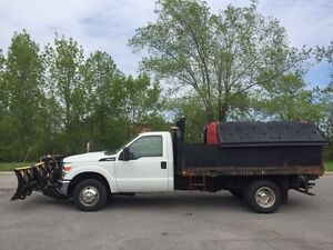 2011 Ford F350SD XL- 6.7L DIESEL! FISHER XTREME V PLOW! SALTER!