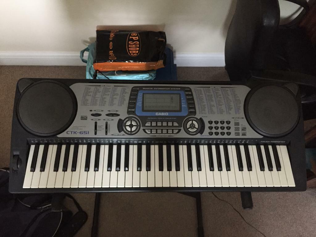 casio ctk 651 keyboard with stand and 24 piano keyboard books in abingdon oxfordshire gumtree. Black Bedroom Furniture Sets. Home Design Ideas