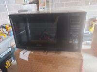 Black Digital Kenwood 900watt Microwave
