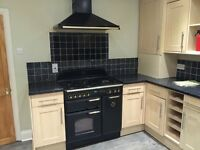 Leisure Range Cooker 90cm Black Classic 90 & Matching Extractor Hood
