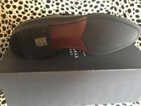 New boxed Charles Thyrwhite men's smart loafers size 12