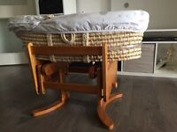 Moses basket with gliding stand