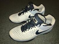 Nike Tennis Trainers Size 9: Surface - Carpet