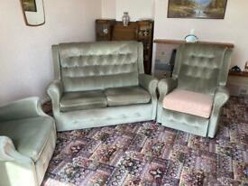 Sofa and 2 recliner chairs
